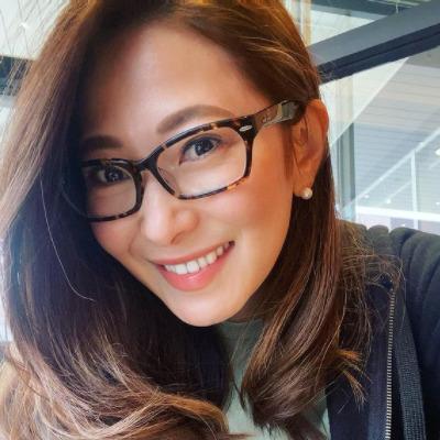 松田 有紀子さんのメガネ着用画像002
